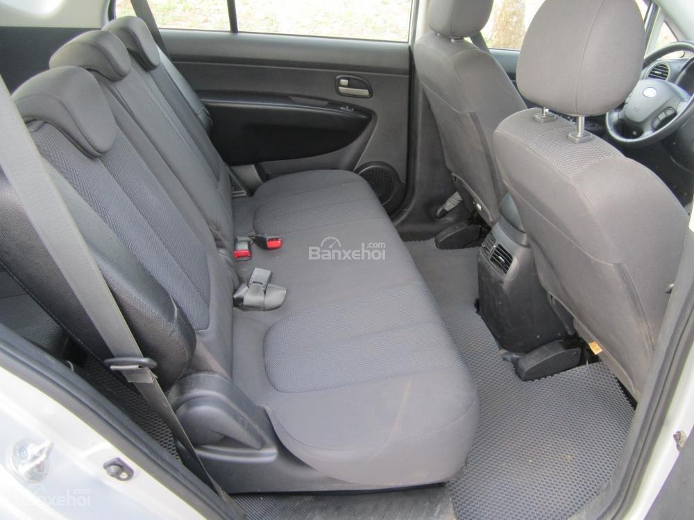 Bán ô tô Kia Carens 2.0 năm 2010, màu bạc, giá 380tr-3