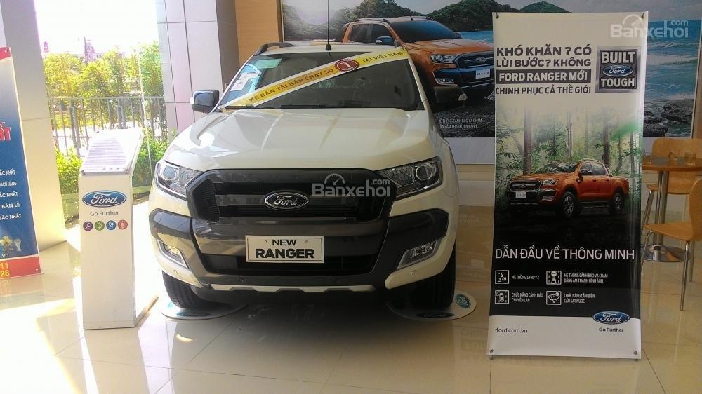Cần bán Ford Ranger Wildtrak sản xuất 2017, màu trắng, xe nhập, giá chỉ 918 triệu-0