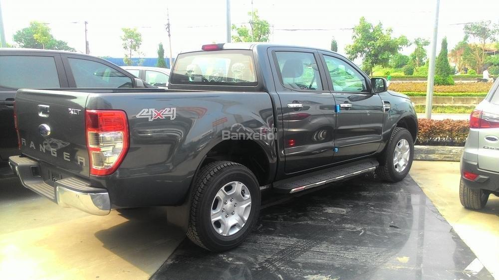 Bán xe Ford Ranger XLS AT đời 2017, màu xám, nhập khẩu chính hãng, 685tr-5
