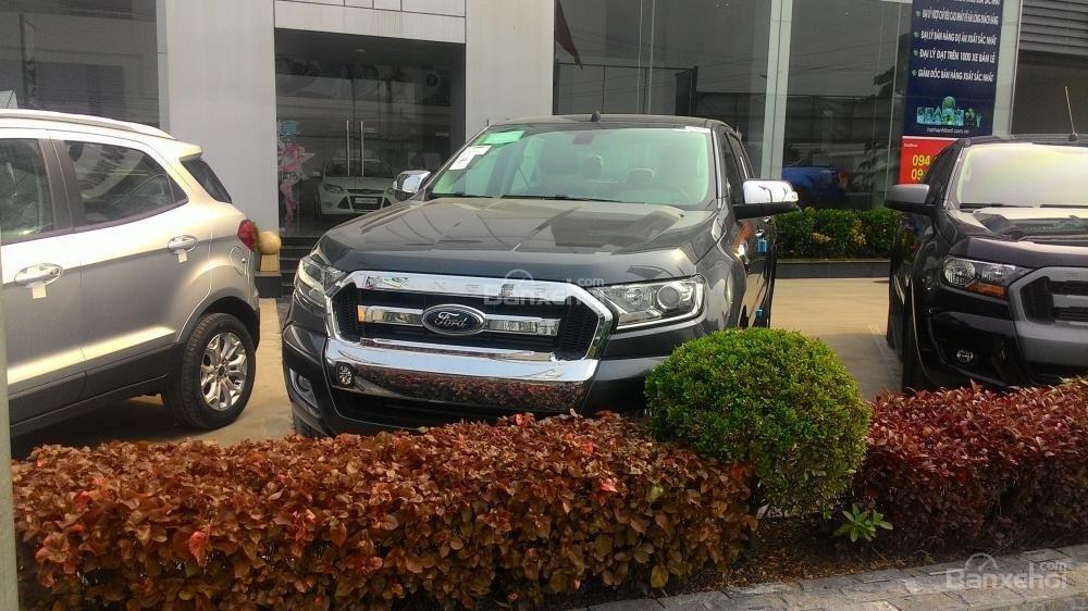Bán xe Ford Ranger XLS AT đời 2017, màu xám, nhập khẩu chính hãng, 685tr-6