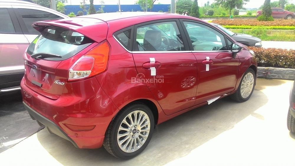 Cần bán xe Ford Fiesta 1.0 EcoBoost Sport đời 2017, màu đỏ-4