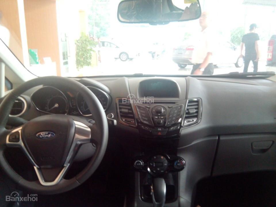 Cần bán Ford EcoSport Titanium năm 2017, màu đỏ ruby-1