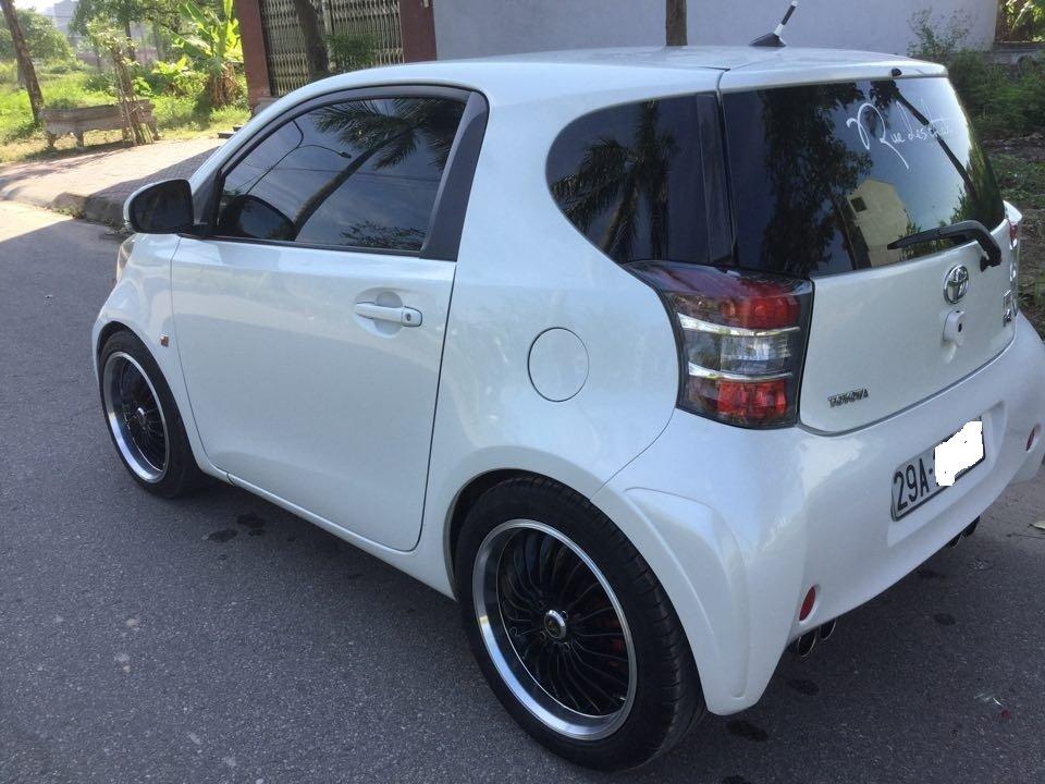 Em bán Toyota iQ Limided 1.0 2 cửa 4 chỗ, đời 2010, đăng kí 5/2011-8
