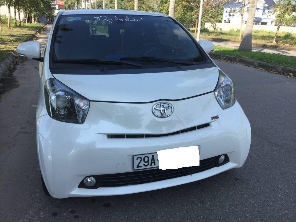 Em bán Toyota iQ Limided 1.0 2 cửa 4 chỗ, đời 2010, đăng kí 5/2011-3