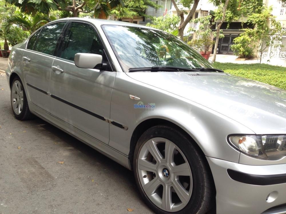 Gia đình cần bán xe hiệu BMW 3 Series 325i, động cơ 2.0 ít hao xăng, màu bạc, số tự động-2