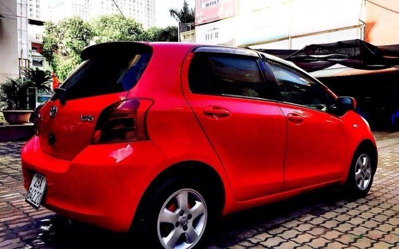 Hưng Nam Auto có bán Toyota Yaris 1.3 AT bản nhập Nhật. Xe màu đỏ cực đẹp-7
