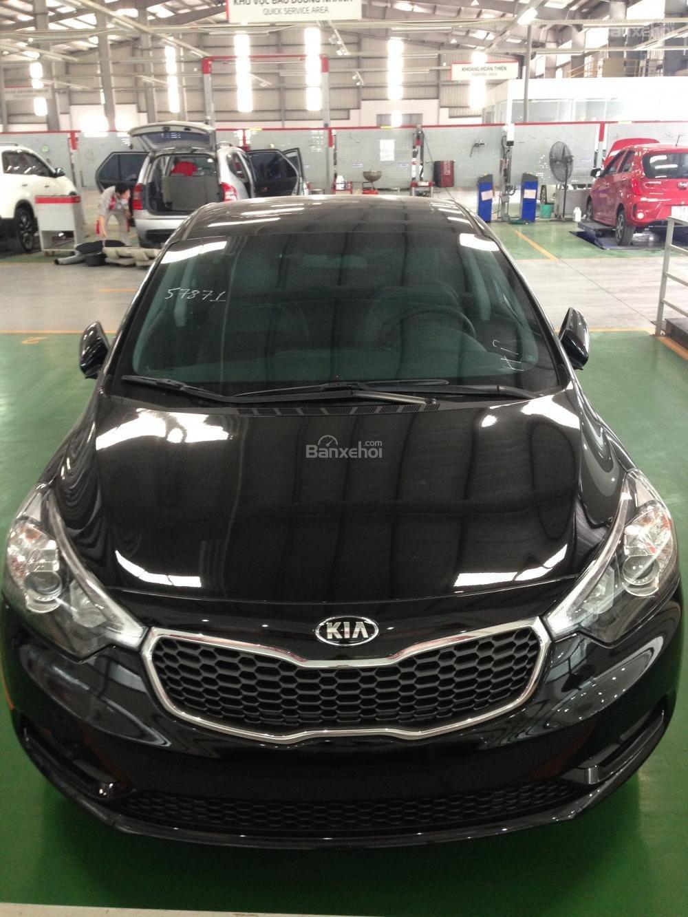 Bán xe Kia K3 1.6 đời 2015, màu đen, 657tr, hỗ trợ trả góp 70%-0