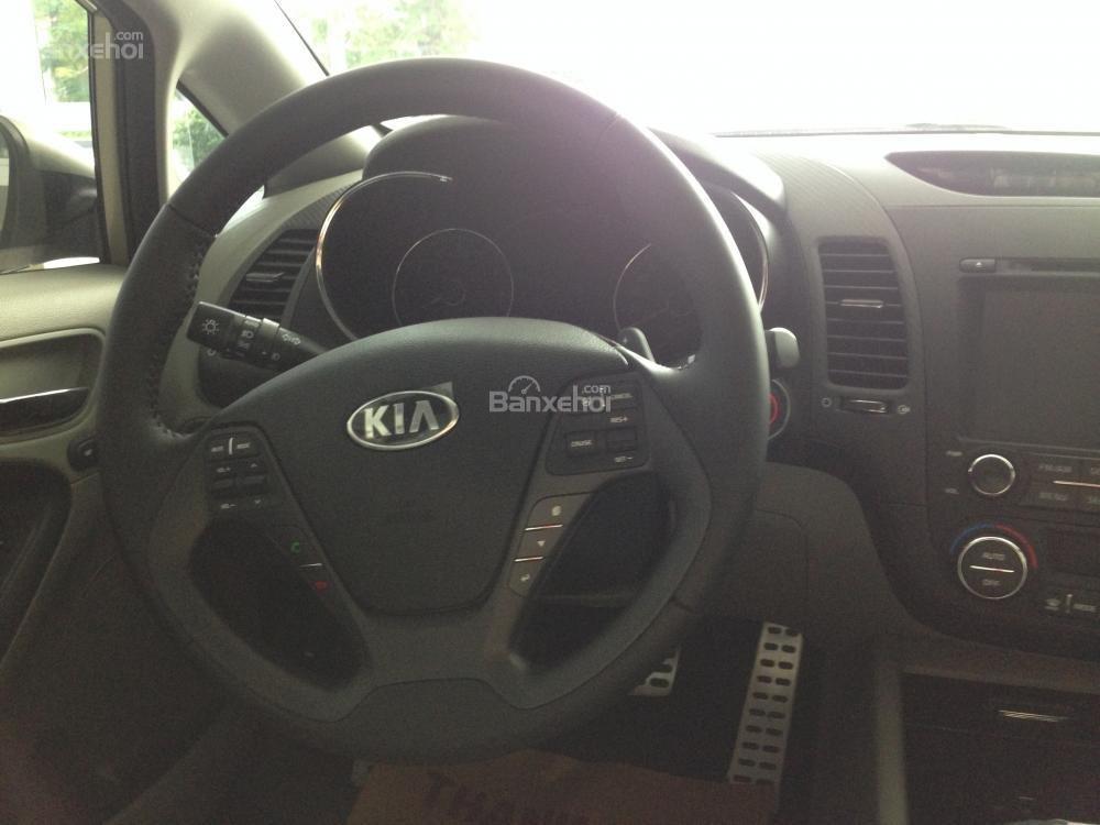 Cần bán xe Kia K3 1.6 năm 2015, màu nâu, giá tốt, hỗ trợ trả góp 70%-2