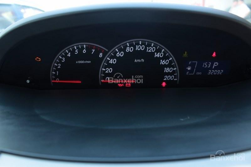 Cần bán xe Toyota Yaris 1.5AT đời 2011, màu bạc, xe nhập số tự động-12
