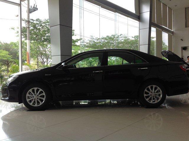 Bán xe Toyota Camry đời 2015, màu đen, nhập khẩu chính hãng nhanh tay liên hệ-1