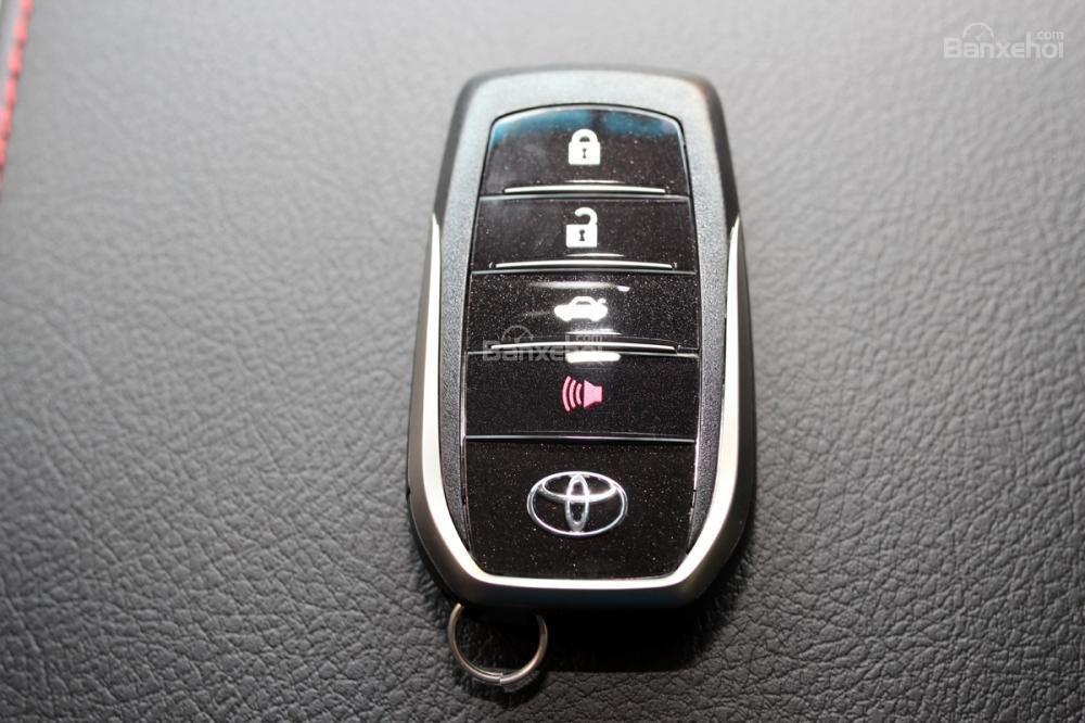 Toyota Camry 2.5Q phiên bản cao cấp của Camry giá bán tốt nhất thị trường ở Toyota Hùng Vương-6