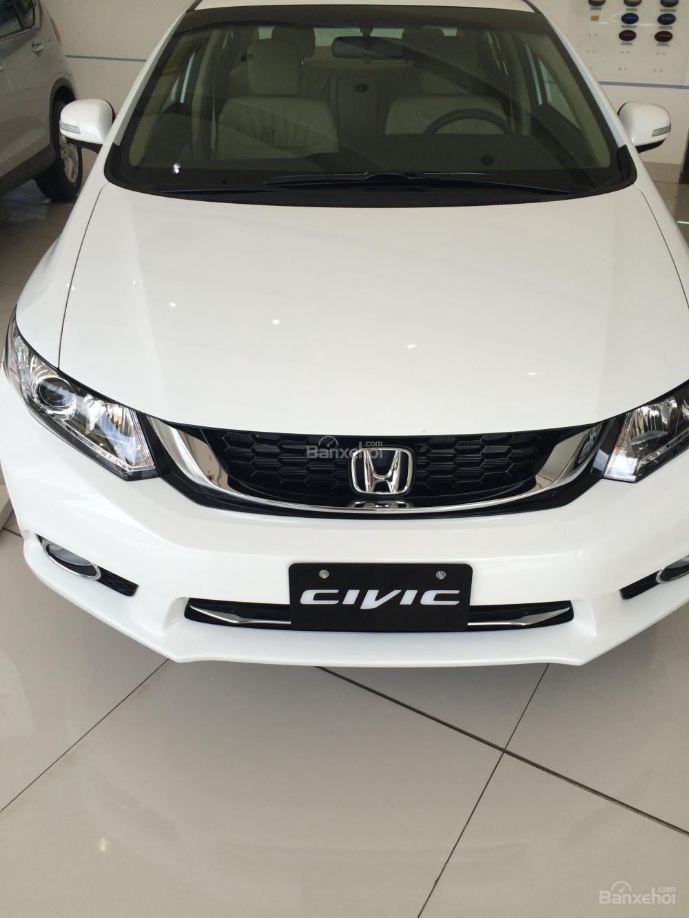 Honda Civic giao ngay - đủ màu - khuyến mãi lớn tháng 11-0
