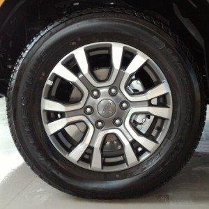 Bán xe Ford Ranger giá ưu đãi tốt nhất thị trường -9