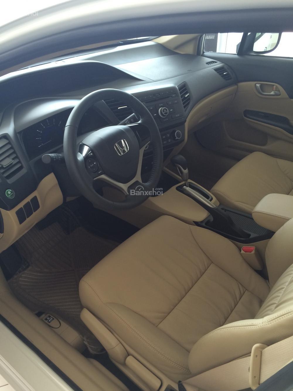 Honda Civic giao ngay - đủ màu - khuyến mãi lớn tháng 11-4