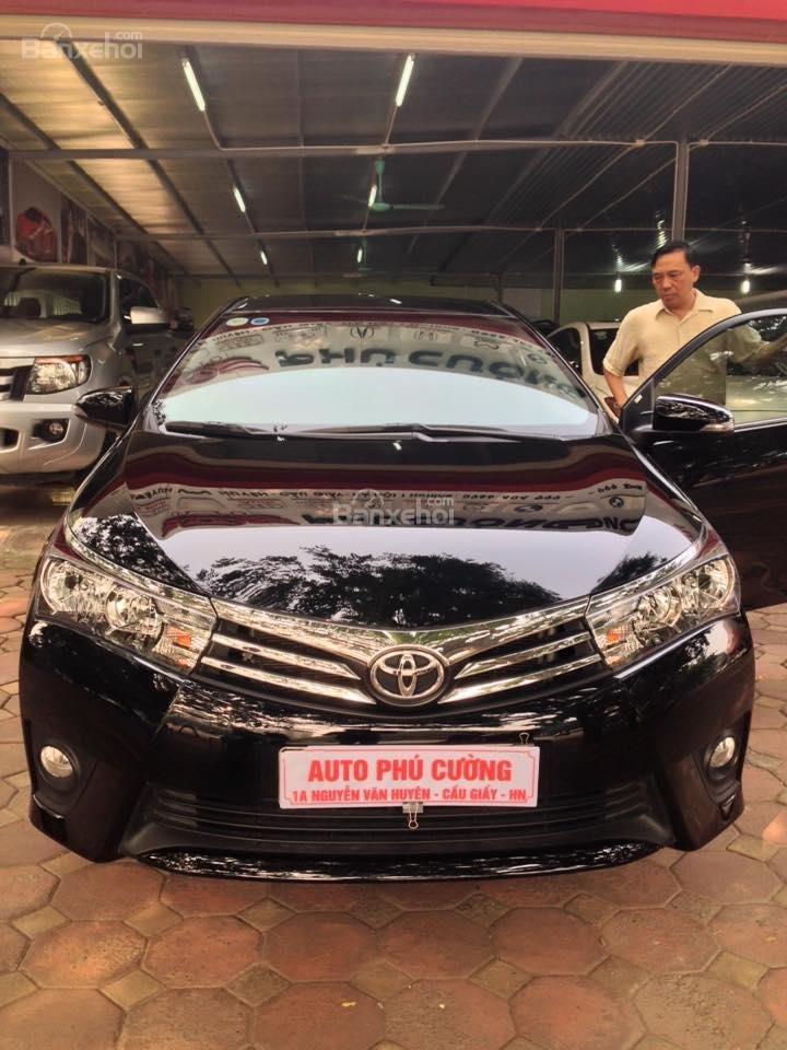 Cần bán xe Toyota Corolla altis CVT 1.8 đời 2015, màu đen-0