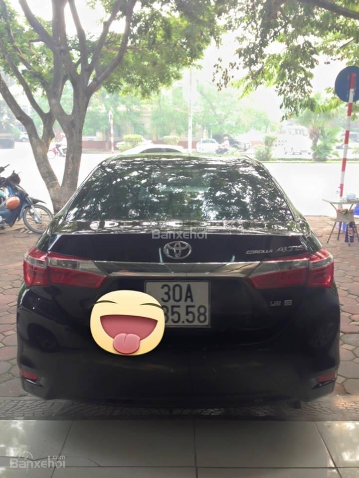 Cần bán xe Toyota Corolla altis CVT 1.8 đời 2015, màu đen-3