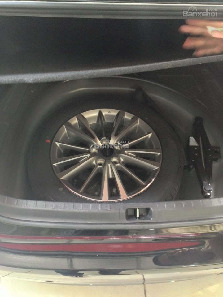 Cần bán xe Toyota Corolla altis CVT 1.8 đời 2015, màu đen-6