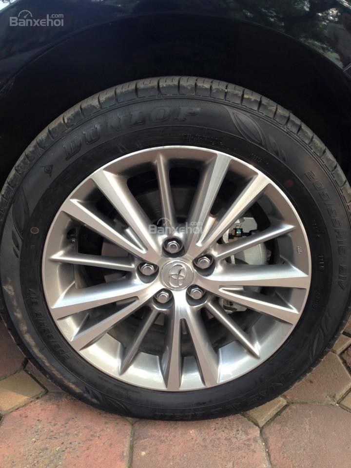 Cần bán xe Toyota Corolla altis CVT 1.8 đời 2015, màu đen-11