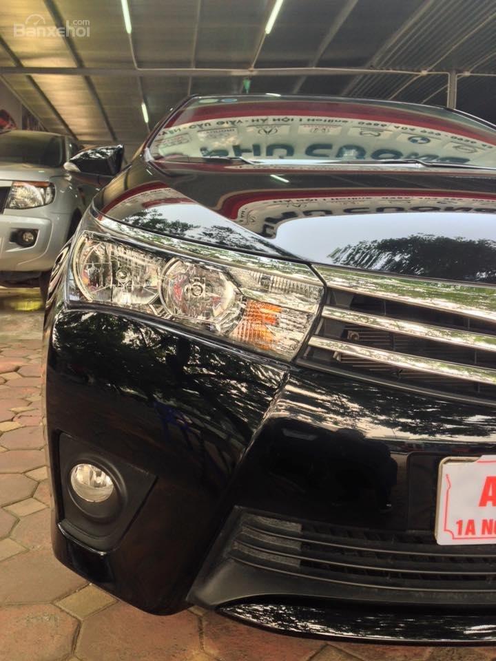 Cần bán xe Toyota Corolla altis CVT 1.8 đời 2015, màu đen-14