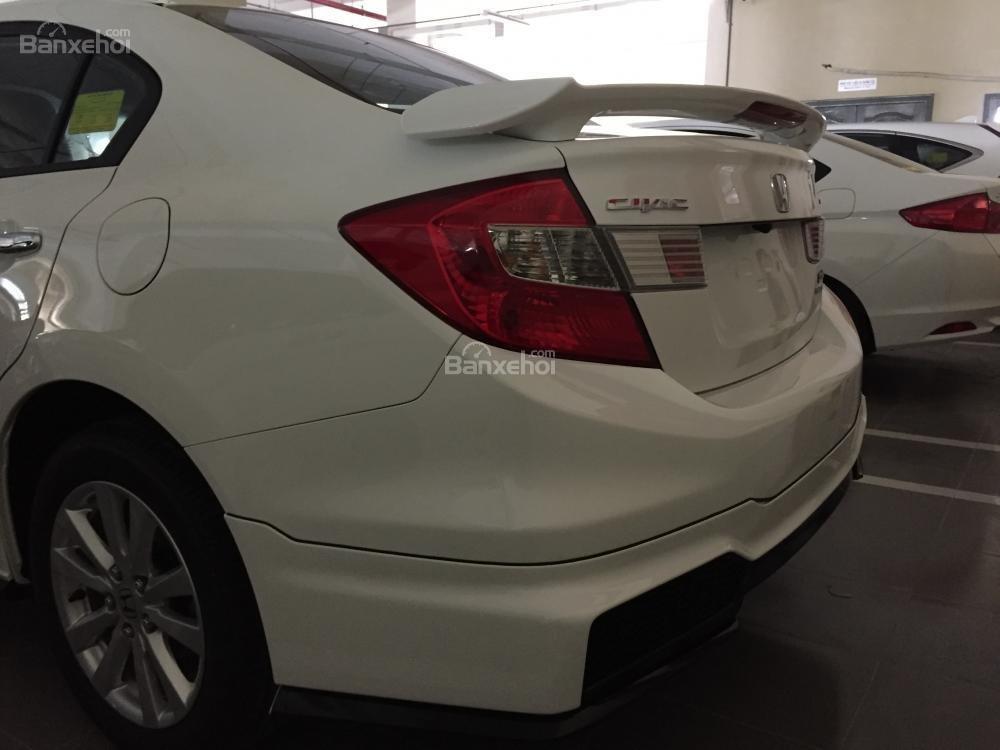 Cần bán xe Honda Civic Modulo 2.0 AT đời 2015, màu trắng full option -2