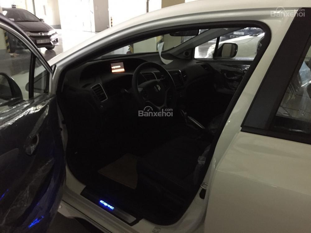 Cần bán xe Honda Civic Modulo 2.0 AT đời 2015, màu trắng full option -7