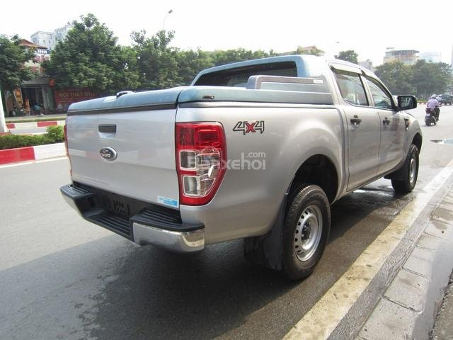 Cần bán xe Ford Ranger 4x4 MT đời 2014, màu bạc, nhập khẩu Thái, giá 555tr-3