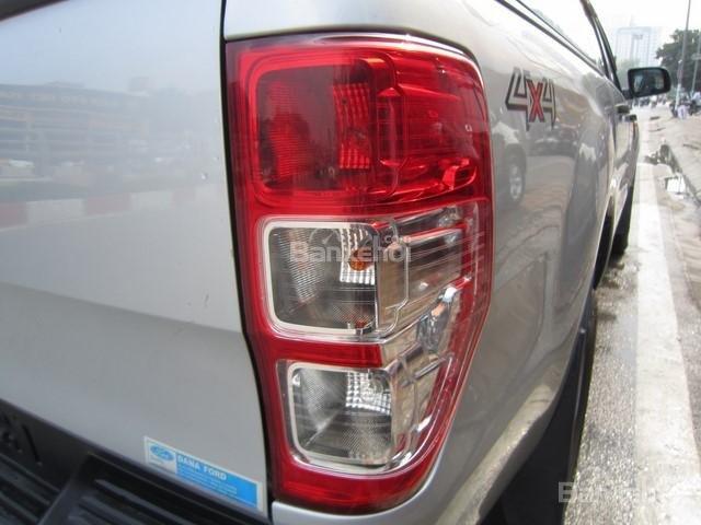 Cần bán xe Ford Ranger 4x4 MT đời 2014, màu bạc, nhập khẩu Thái, giá 555tr-9