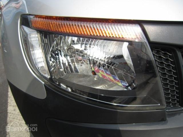 Cần bán xe Ford Ranger 4x4 MT đời 2014, màu bạc, nhập khẩu Thái, giá 555tr-5