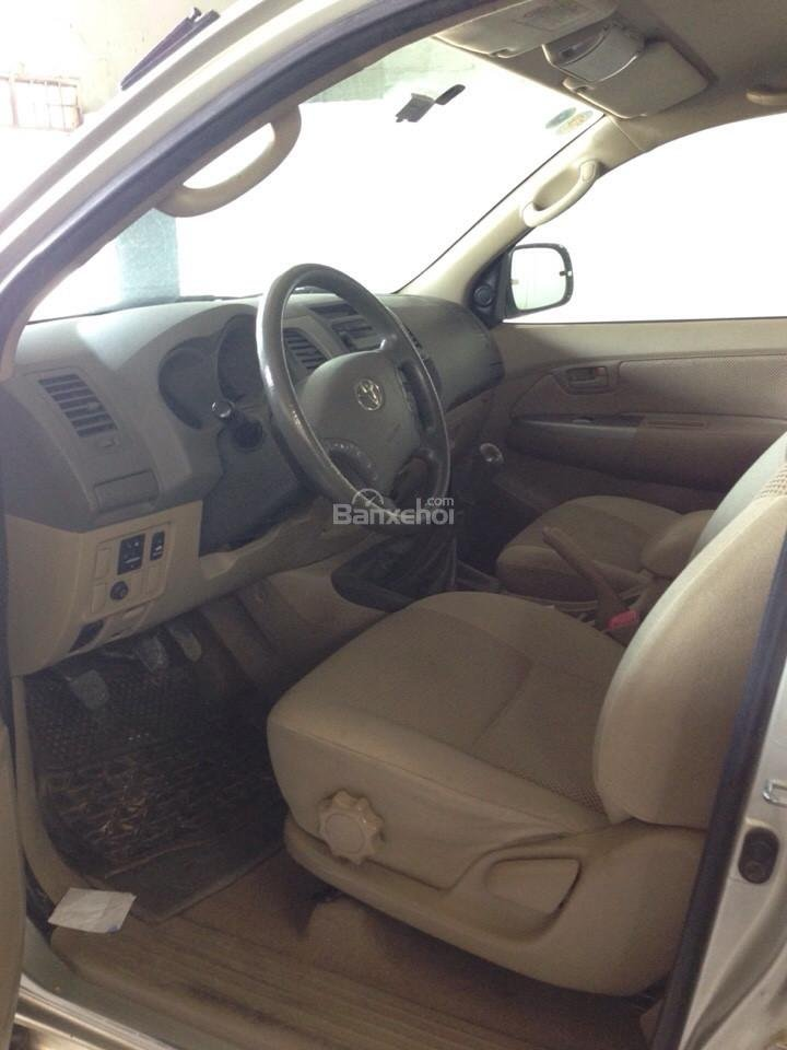 Cần bán xe Toyota Hilux đời 2010, màu vàng, nhập khẩu Thái, giá chỉ 479 triệu-7