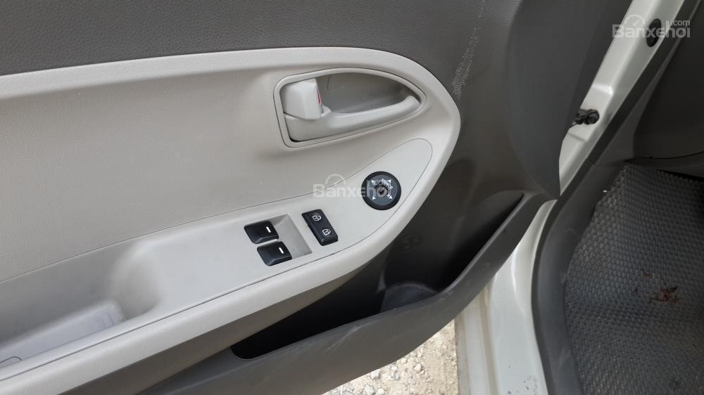 Kia Morning Van màu trắng số tự động sản xuất 2012 -3