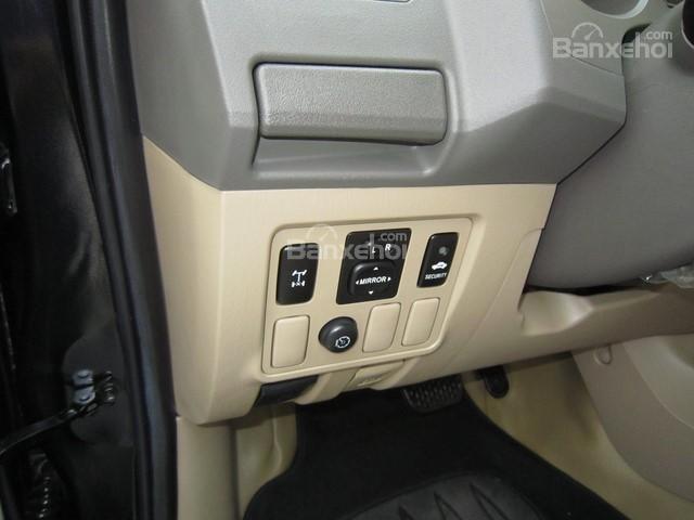 Cần bán Toyota Fortuner đời 2010, màu đen, giá tốt-14