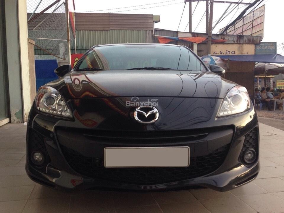 Cần bán xe Mazda 3 đời 2014, màu đen, 690tr-0