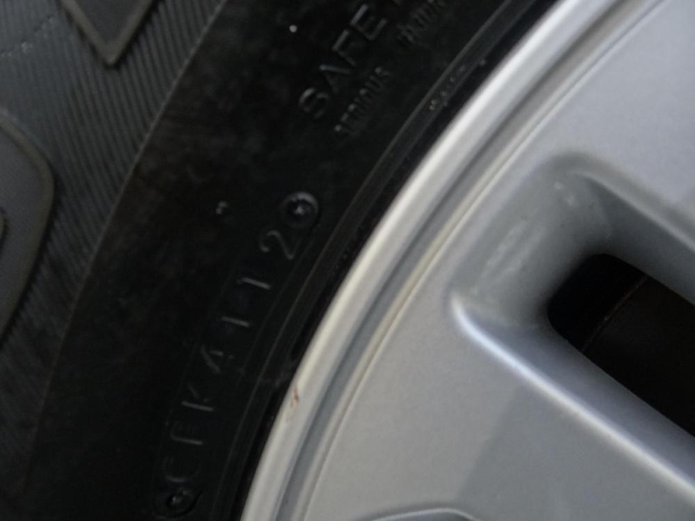 Bán xe Fotuner 2.7V hộp số tự động, mầu nòng súng đăng ký lần đầu 26/12/ 2012 lăn bánh 2013-5