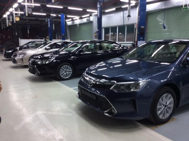 Bán ô tô Toyota Camry đời 2015, mới 100% giá 1,214 tỉ-3