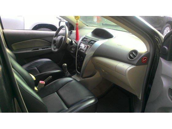 Vios E 2011, màu đen, số sàn, xe trang bị đầy đủ ghế da, dán kính, trải sàn-7