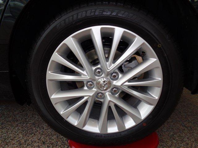 Bán xe Toyota Camry đời 2015, màu đen giá tốt-6