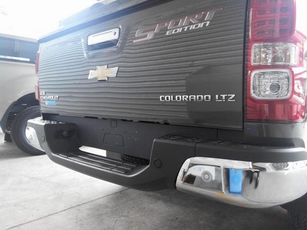 Bán Chevrolet Colorado đời 2015, nhập khẩu nguyên chiếc giá 719 tr-9