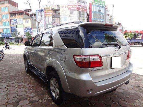 Bán xe Fortuner G, sản xuất 2010, và đăng ký 2011 máy dầu số sàn, màu bạc, tên cá nhân một chủ từ đầu-7