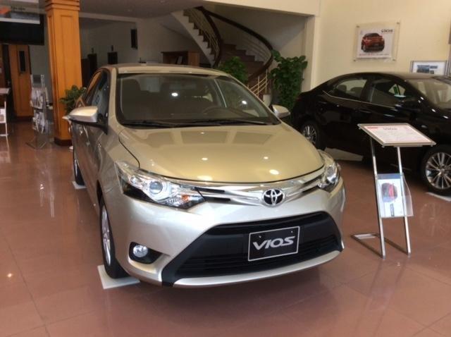 Cần bán xe Toyota Vios đời 2015 giá tốt xe đẹp-1