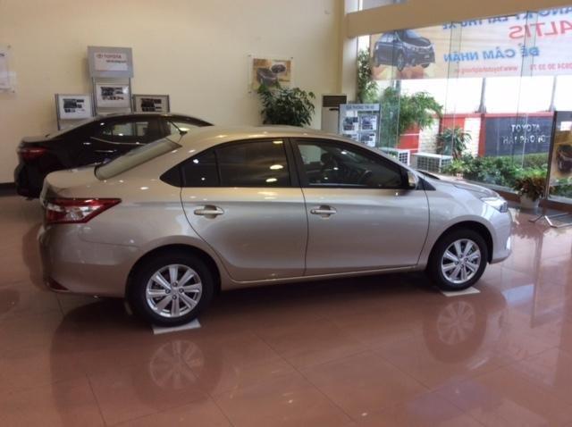 Cần bán xe Toyota Vios đời 2015 giá tốt xe đẹp-0
