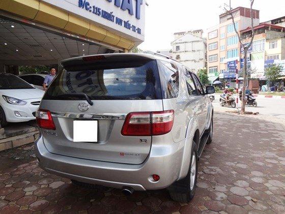 Bán xe Fortuner G, sản xuất 2010, và đăng ký 2011 máy dầu số sàn, màu bạc, tên cá nhân một chủ từ đầu-9