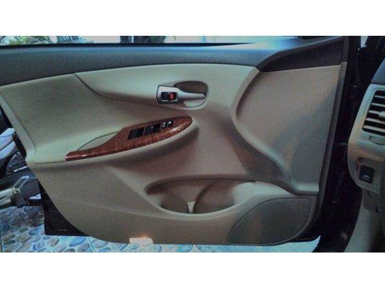 Xe Toyota Altis số tự động màu đen SX năm 2010 mới chạy đúng 41000 km-1