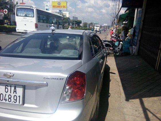Bán xe Lacetti đời 2011 màu bạc, xe vô đủ đồ chơi-3