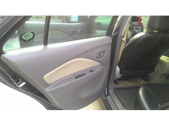 Vios E 2011, màu đen, số sàn, xe trang bị đầy đủ ghế da, dán kính, trải sàn-2