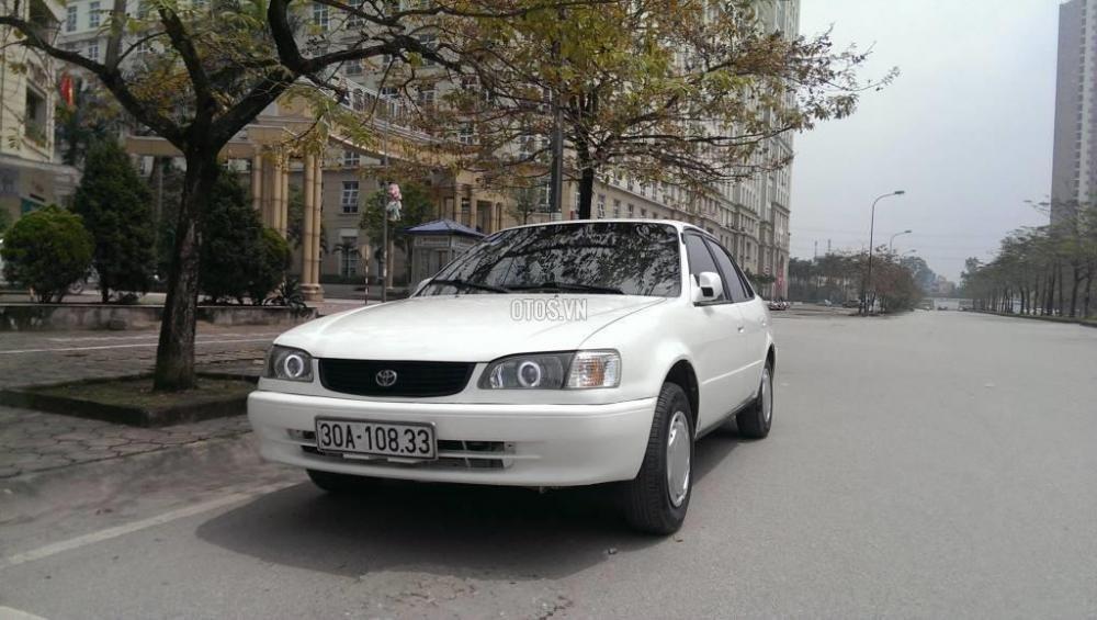 Toyota Corolla đời 2001, màu trắng, giá chỉ 230 triệu-4