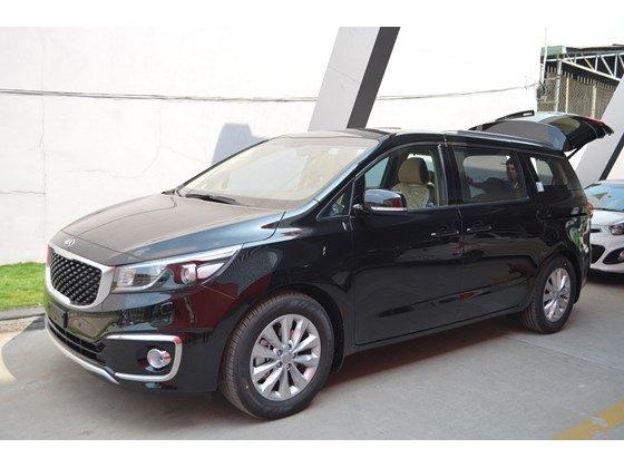 Cần bán xe Kia Sedona DAT đời 2015, màu đen, xe nhập-0