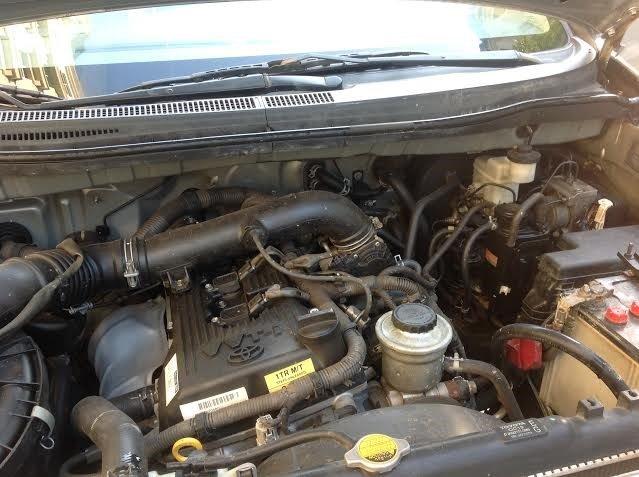 Gia đình tôi cần bán xe Innova G đời 2011-9