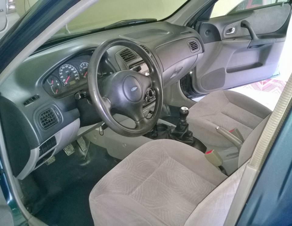 Bán xe Ford Laser LX 1.6 đời 2002, nhập khẩu chính hãng-4