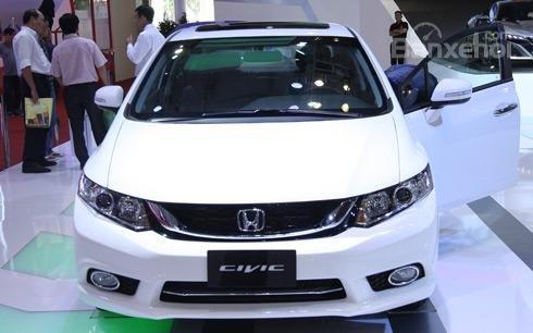 Honda Civic hỗ trợ ưu đãi tháng 11 , giao ngay giá tốt-0