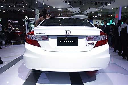 Honda Civic hỗ trợ ưu đãi tháng 11 , giao ngay giá tốt-3